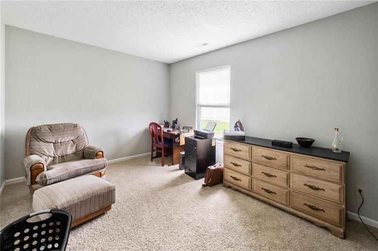 6608 Stanhope Drive Indianapolis IN 46254 | MLS 21711187 | photo 10