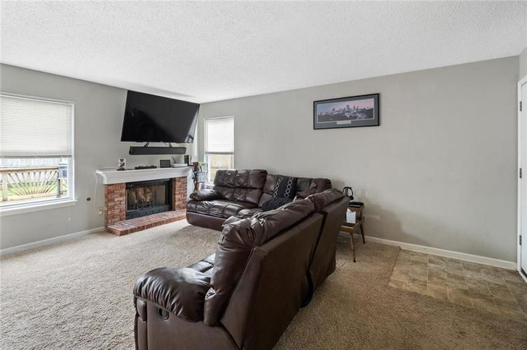 6608 Stanhope Drive Indianapolis IN 46254 | MLS 21711187 | photo 3