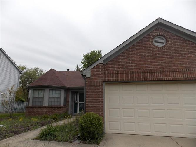 6275 Old Barn Court Indianapolis IN 46268 | MLS 21711205 | photo 1