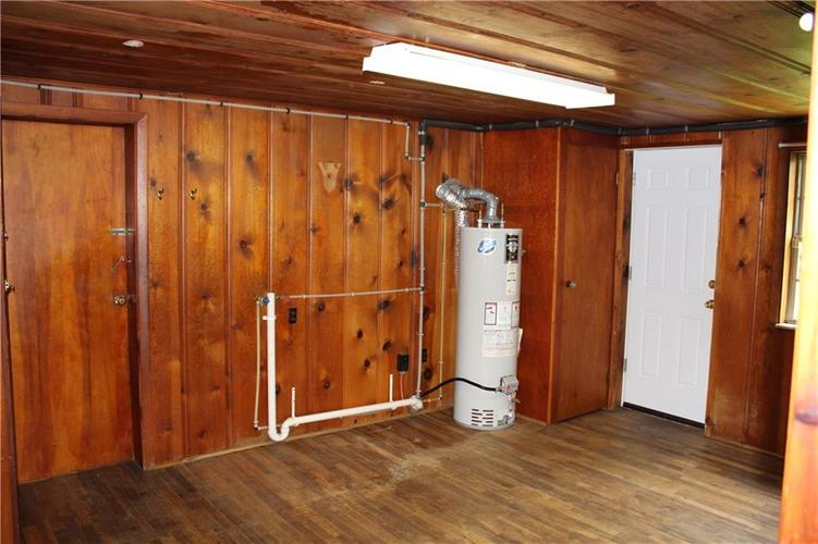 3221 W SMITH VALLEY Road Greenwood IN 46142   MLS 21711291   photo 12
