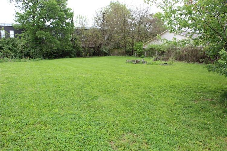 3221 W SMITH VALLEY Road Greenwood IN 46142   MLS 21711291   photo 15