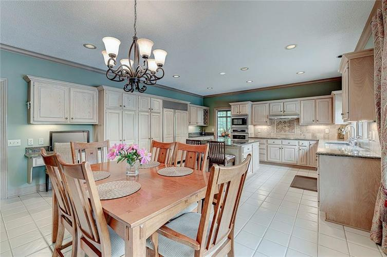 13596 Brentwood Ln Carmel IN 46033 | MLS 21711295 | photo 21