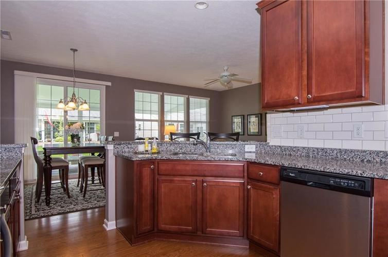 16103 Lambrusco Way Fishers IN 46037 | MLS 21711321 | photo 16