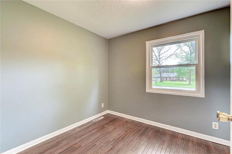 8079 Witherington Road Indianapolis IN 46268 | MLS 21711361 | photo 10