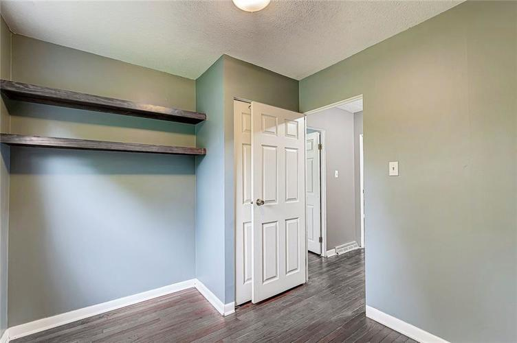 8079 Witherington Road Indianapolis IN 46268 | MLS 21711361 | photo 11