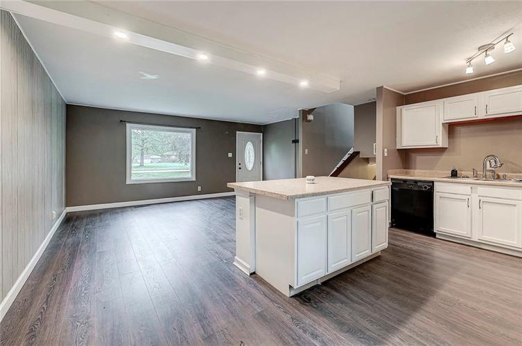 8079 Witherington Road Indianapolis IN 46268 | MLS 21711361 | photo 14
