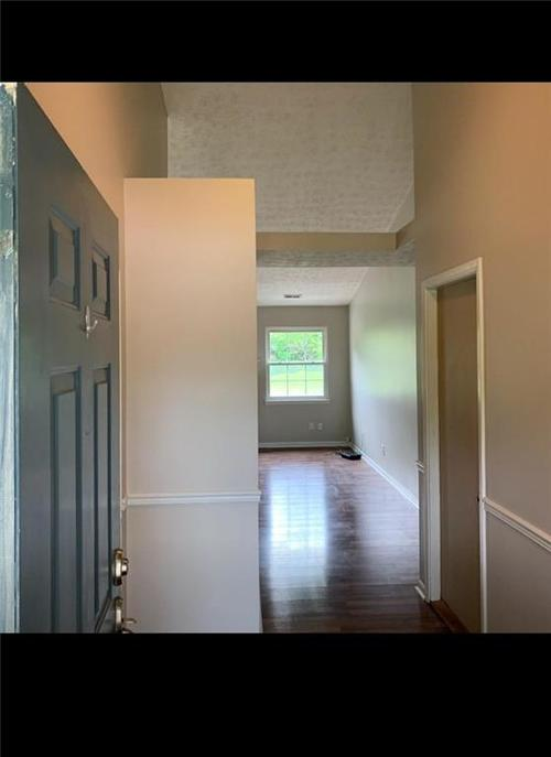 7823 Winding Creek Place Lawrence  IN 46236 | MLS 21711412 | photo 2