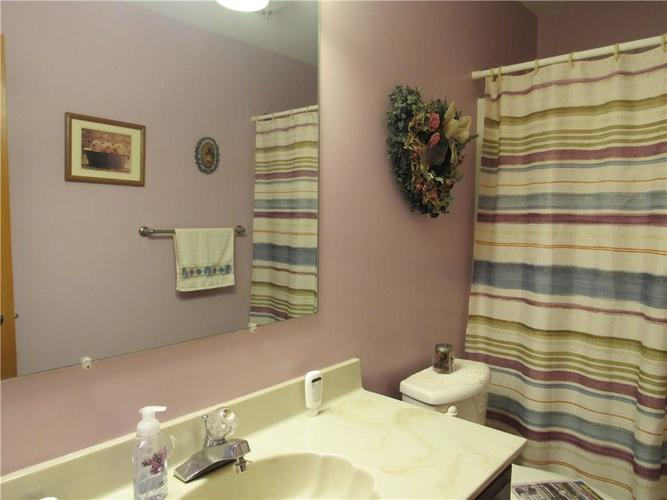 210 Circle Drive New Market IN 47965 | MLS 21711419 | photo 17