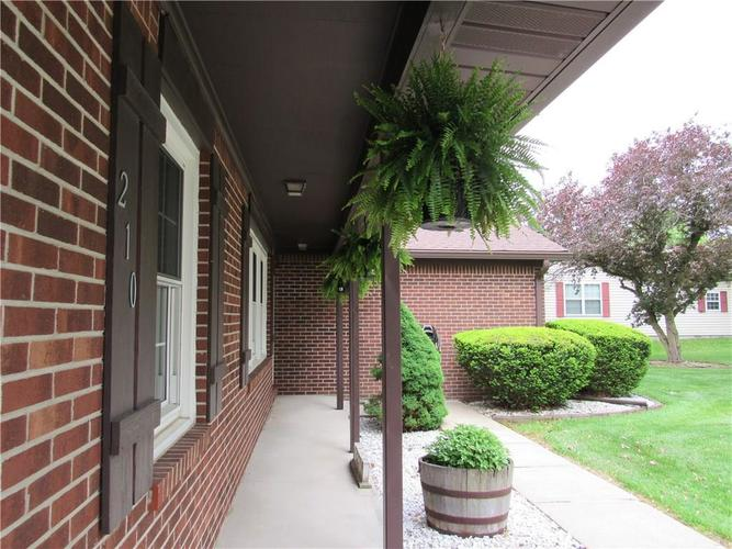210 Circle Drive New Market IN 47965 | MLS 21711419 | photo 25