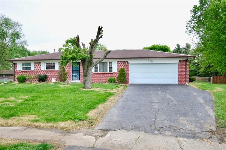 3027 MARYWOOD Court Indianapolis IN 46227 | MLS 21711422 | photo 2