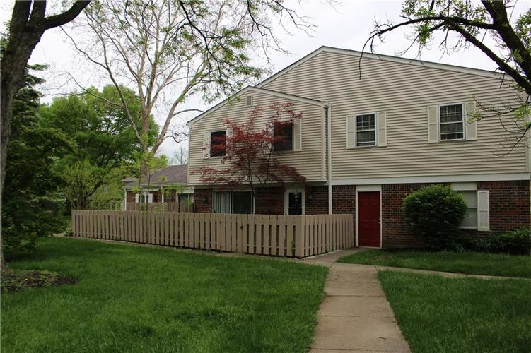 8320 Woodall Drive Indianapolis IN 46268 | MLS 21711437 | photo 1