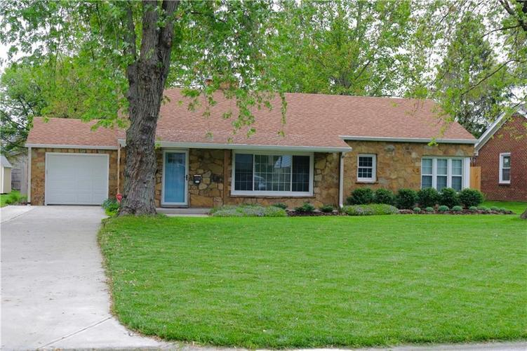1114 Southview Drive Indianapolis IN 46227 | MLS 21711448 | photo 1