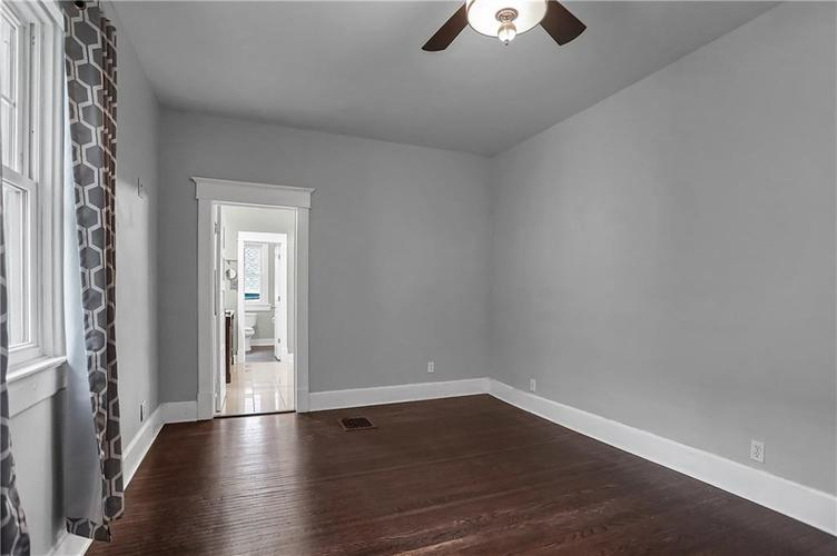 4333 N College Avenue Indianapolis IN 46205 | MLS 21711471 | photo 21