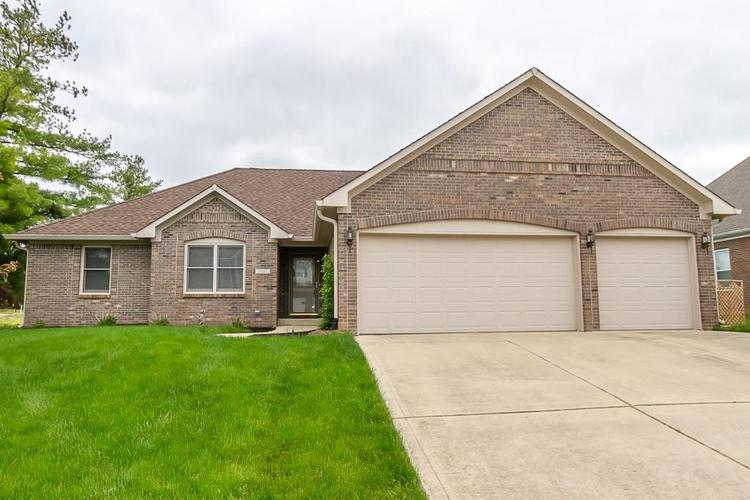 6232 Buck Trail Road Indianapolis IN 46237 | MLS 21711478 | photo 1