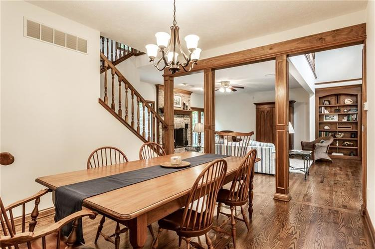 9212 Thoroughbred Boulevard Indianapolis IN 46278 | MLS 21711493 | photo 10