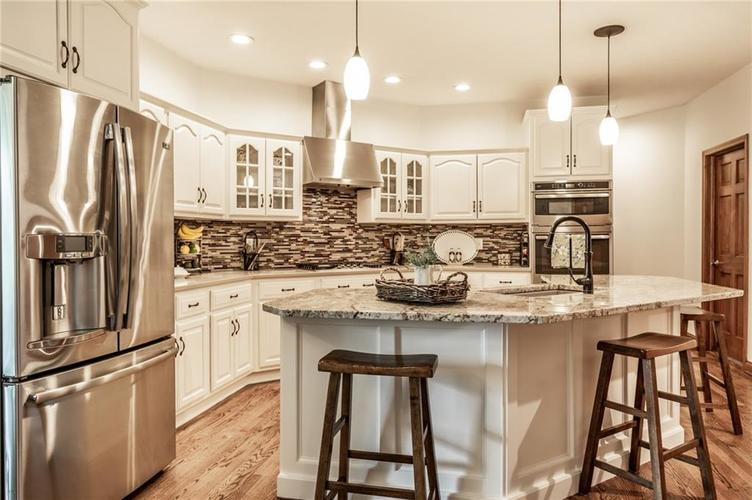 9212 Thoroughbred Boulevard Indianapolis IN 46278 | MLS 21711493 | photo 11