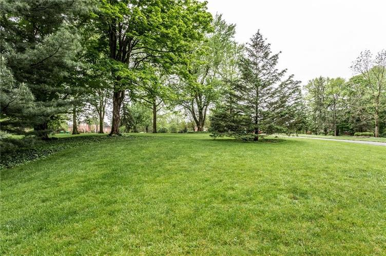 9212 Thoroughbred Boulevard Indianapolis IN 46278 | MLS 21711493 | photo 46