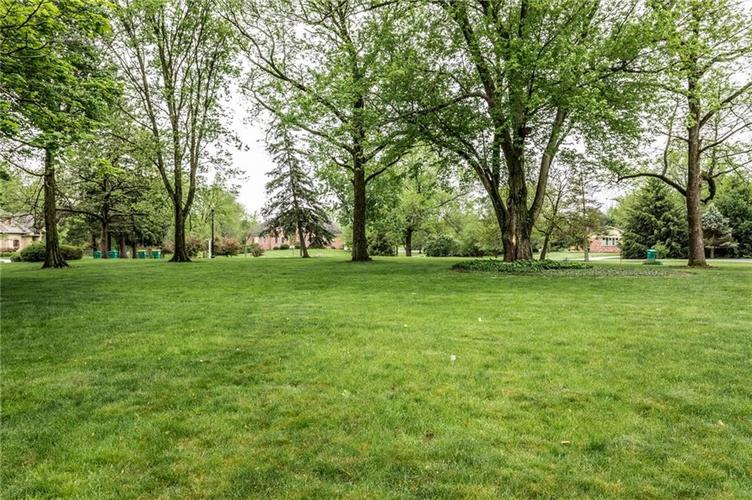 9212 Thoroughbred Boulevard Indianapolis IN 46278 | MLS 21711493 | photo 47