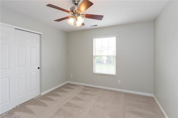 10899 Woodward Drive Fishers IN 46037 | MLS 21711537 | photo 20