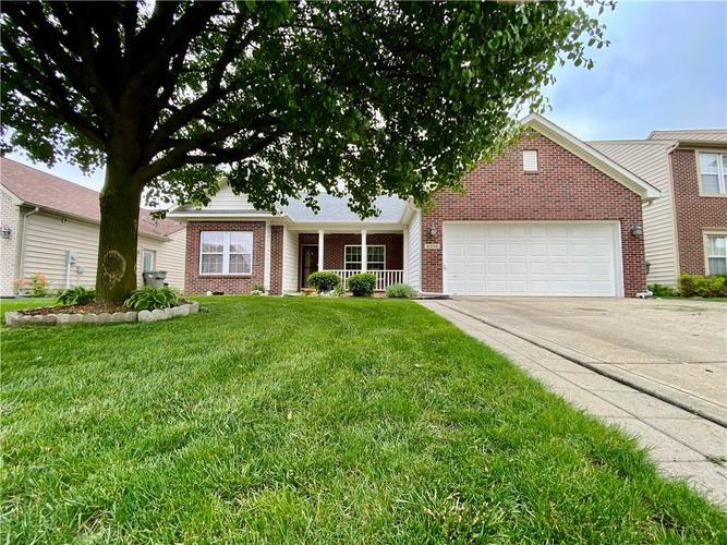 6556 Southern Cross Drive Indianapolis IN 46237 | MLS 21711538 | photo 1