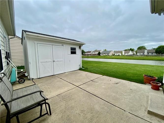 6556 Southern Cross Drive Indianapolis IN 46237 | MLS 21711538 | photo 11
