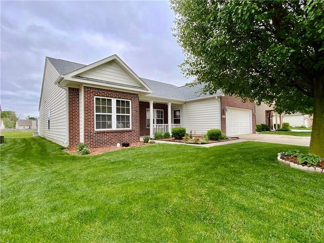6556 Southern Cross Drive Indianapolis IN 46237 | MLS 21711538 | photo 17