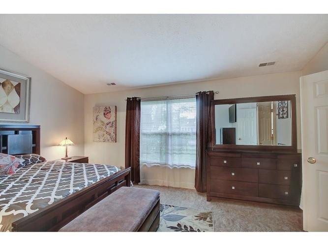 4130 Eagle Cove East Drive Indianapolis IN 46254 | MLS 21711558 | photo 14
