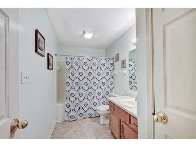4130 Eagle Cove East Drive Indianapolis IN 46254 | MLS 21711558 | photo 18