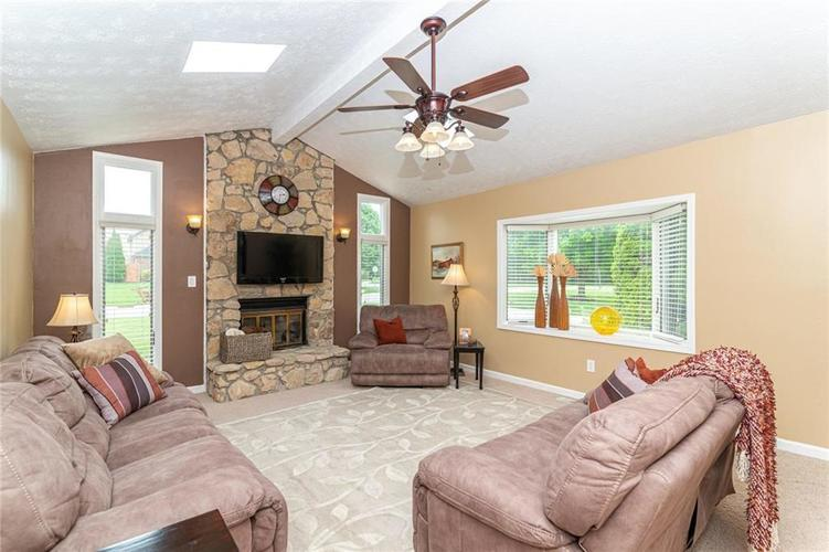 408 Banbury Road Noblesville IN 46062 | MLS 21711561 | photo 5