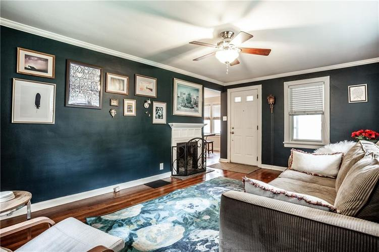 5869 Rosslyn Avenue Indianapolis IN 46220 | MLS 21711567 | photo 10