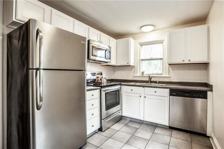 5869 Rosslyn Avenue Indianapolis IN 46220 | MLS 21711567 | photo 15