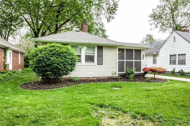 5869 Rosslyn Avenue Indianapolis IN 46220 | MLS 21711567 | photo 3