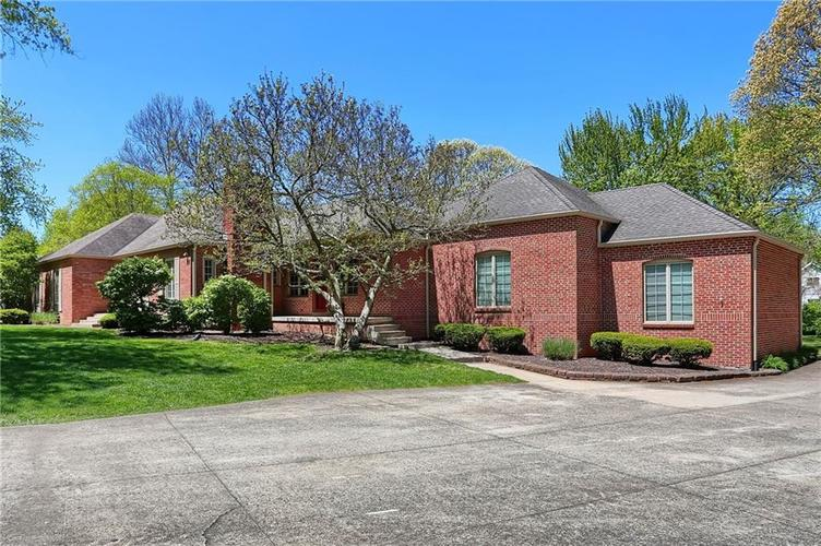 430 Spring Mill Lane Indianapolis IN 46260 | MLS 21711585 | photo 2