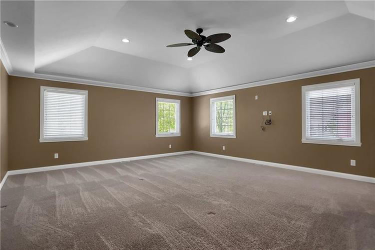 430 Spring Mill Lane Indianapolis IN 46260 | MLS 21711585 | photo 23