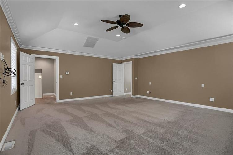 430 Spring Mill Lane Indianapolis IN 46260 | MLS 21711585 | photo 24