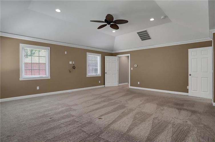 430 Spring Mill Lane Indianapolis IN 46260 | MLS 21711585 | photo 25