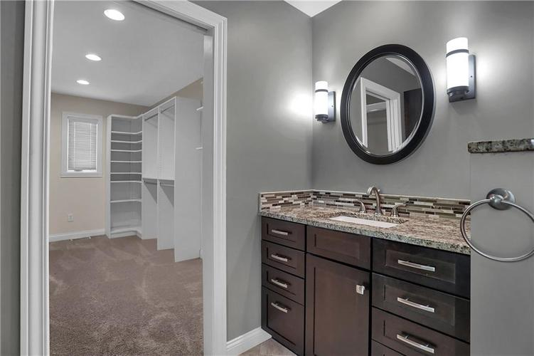 430 Spring Mill Lane Indianapolis IN 46260 | MLS 21711585 | photo 29