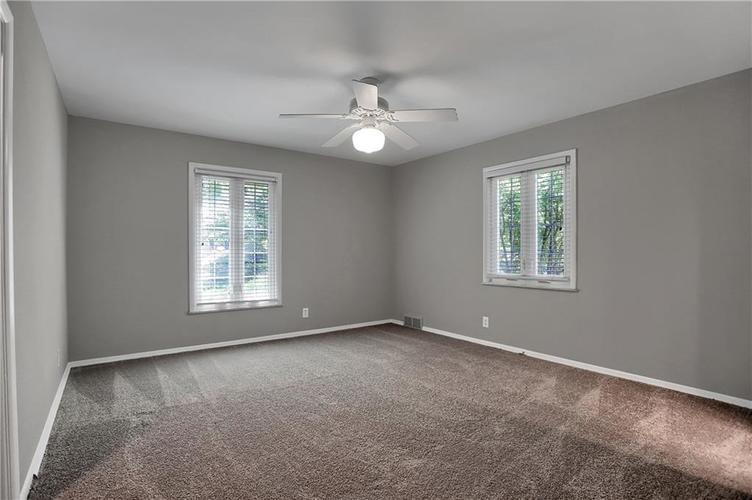 430 Spring Mill Lane Indianapolis IN 46260 | MLS 21711585 | photo 40