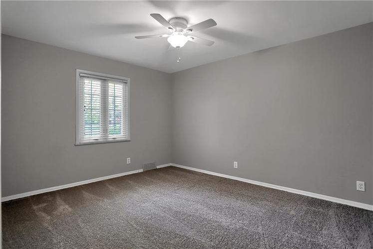 430 Spring Mill Lane Indianapolis IN 46260 | MLS 21711585 | photo 44