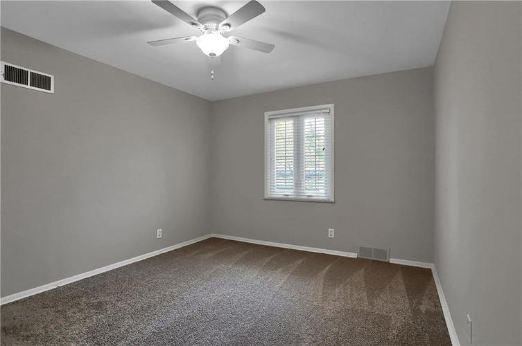 430 Spring Mill Lane Indianapolis IN 46260 | MLS 21711585 | photo 45