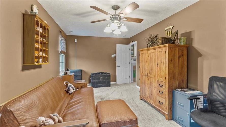 7233 Fields Drive Indianapolis IN 46239 | MLS 21711590 | photo 16
