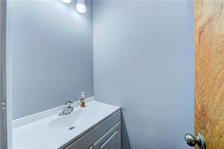 1102 Forest Drive New Castle IN 47362   MLS 21711691   photo 36
