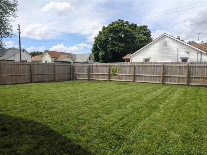 534 W 5th Street W Rushville IN 46173 | MLS 21711697 | photo 27