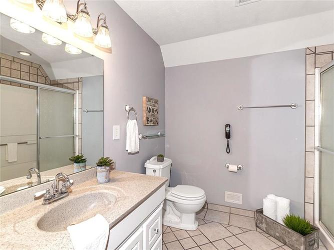 1 Forest Bay Lane Cicero IN 46034 | MLS 21711710 | photo 24