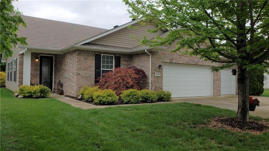11194 Candice Drive Fishers IN 46038   MLS 21711723   photo 1