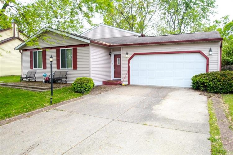 6806 Middleton Court Indianapolis IN 46268 | MLS 21711729 | photo 2