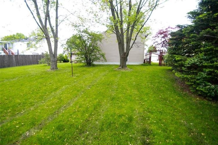 6806 Middleton Court Indianapolis IN 46268 | MLS 21711729 | photo 23