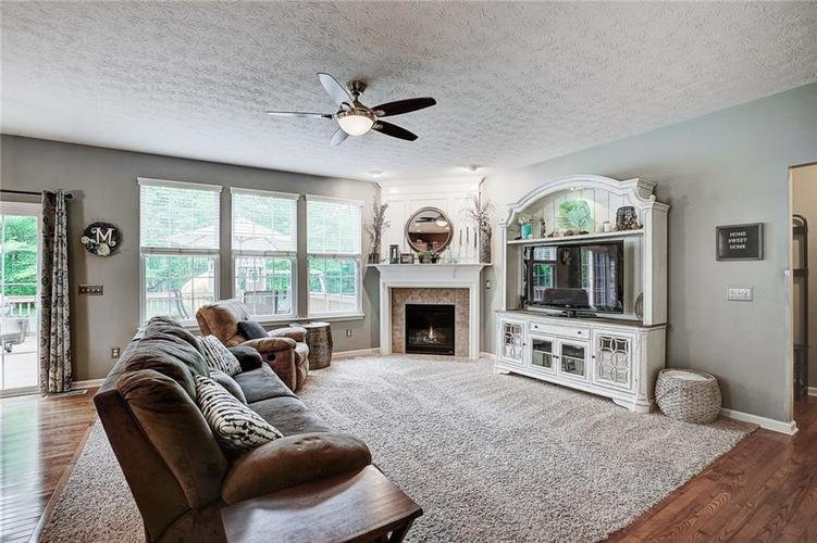 12873 Thames Drive Fishers IN 46037 | MLS 21711730 | photo 6