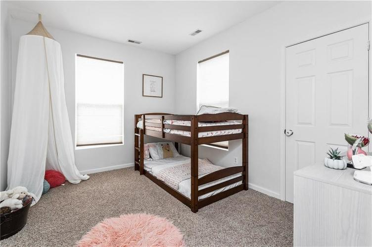 2255 Central Avenue Indianapolis IN 46205 | MLS 21711750 | photo 10