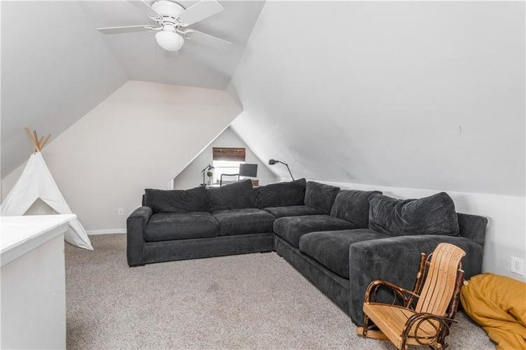 2255 Central Avenue Indianapolis IN 46205 | MLS 21711750 | photo 13